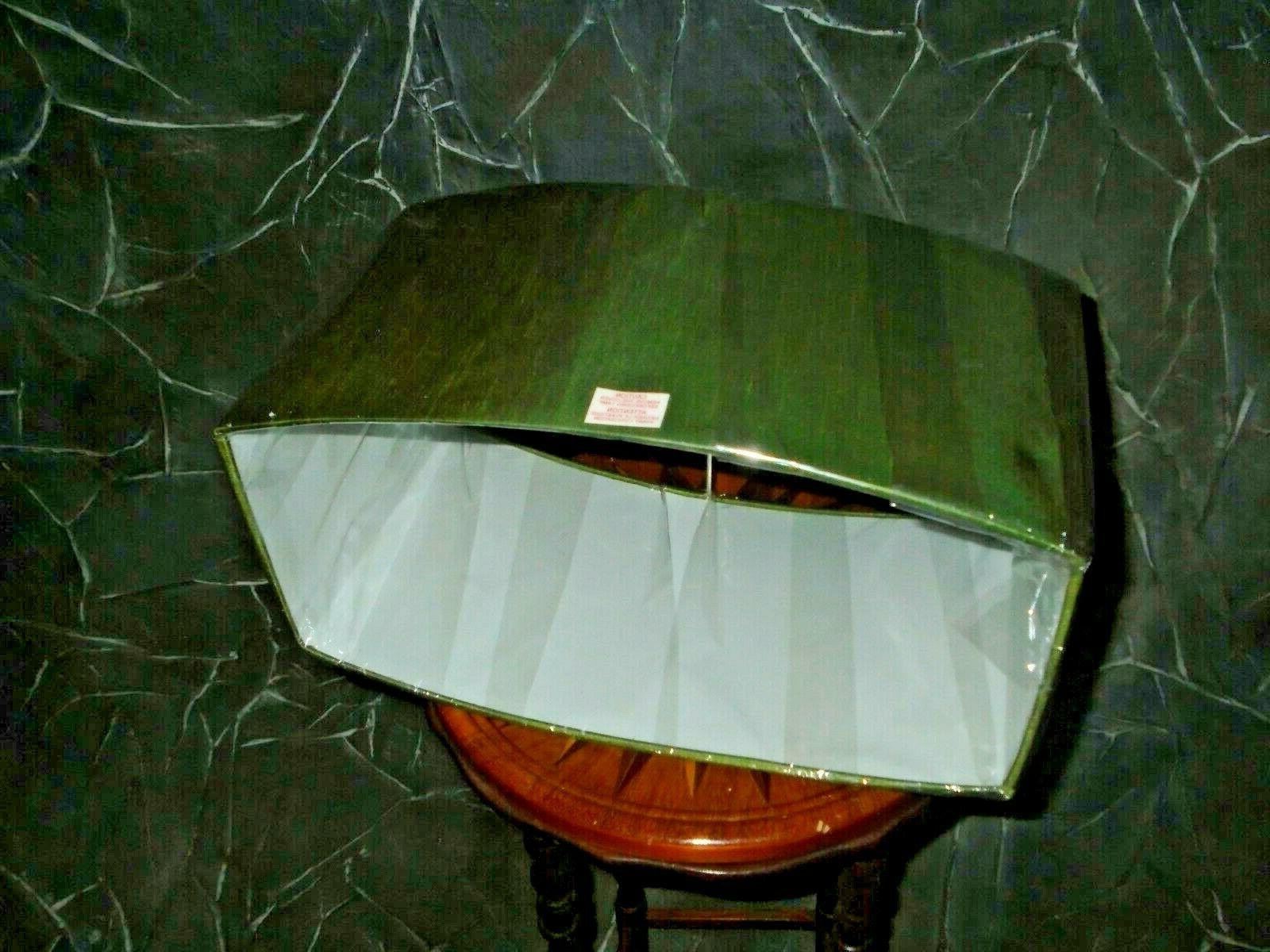 Contemporary Lamp GREEN x 1/2T